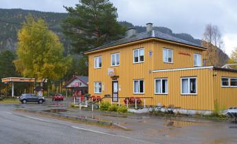 Glopheim Café – Attractions